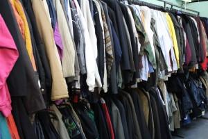 244e32d575c60 Фото магазина товаров секонд хенд Философия одежды на этой стра